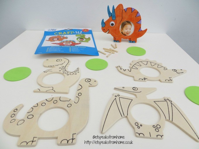 baker ross dinosuars photo frame