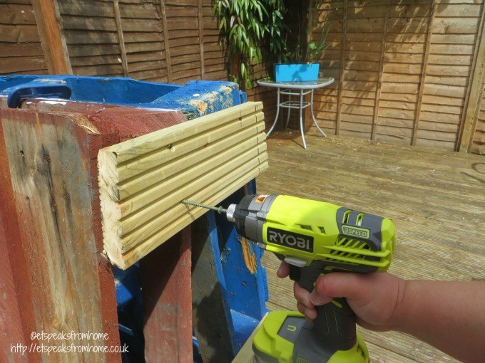 pallet climbing frame decking screw