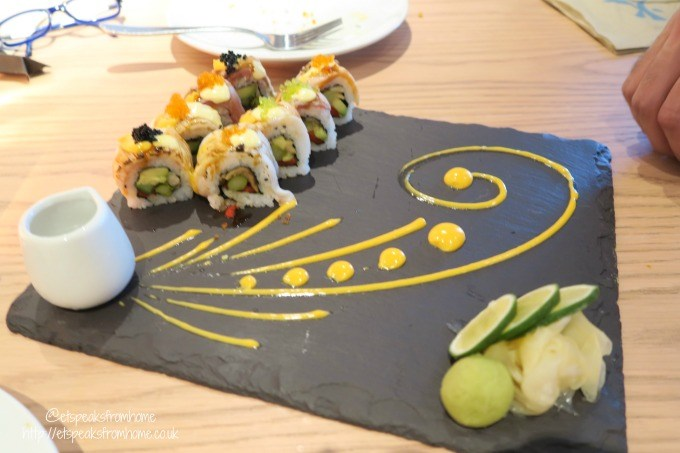 chi kitchen sushi roll