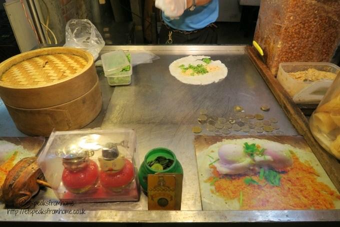 ice cream pancake in shilin night market