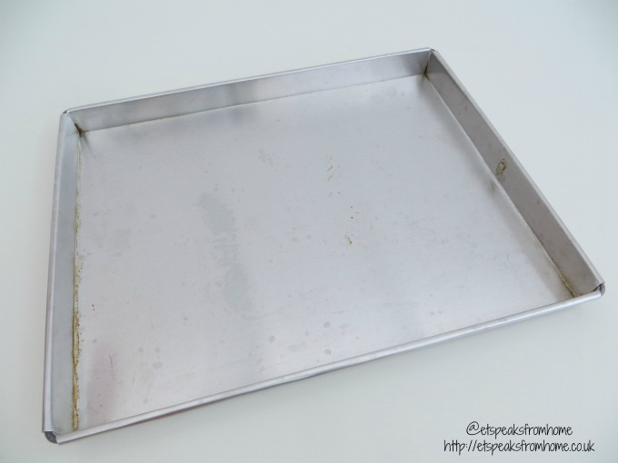 swiss roll rectangle baking tray