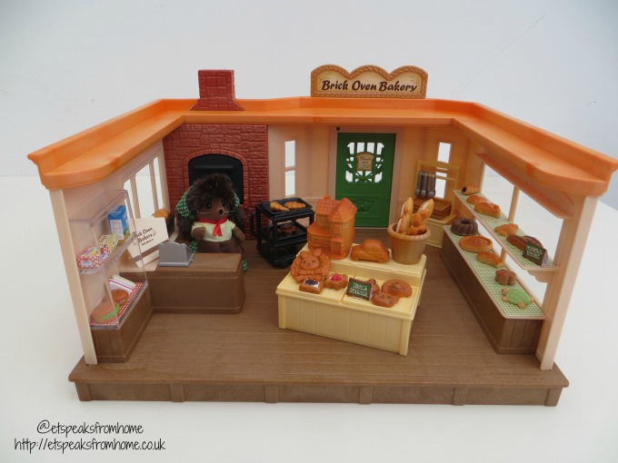 Sylvanian Families brick oven bakery review