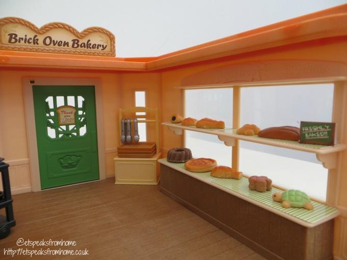 Sylvanian Families brick oven bakery shelves