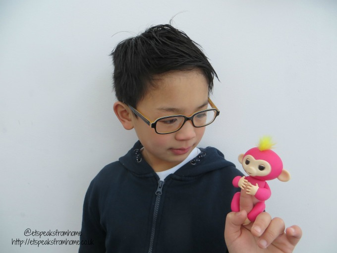 fingerlings baby monkey bella