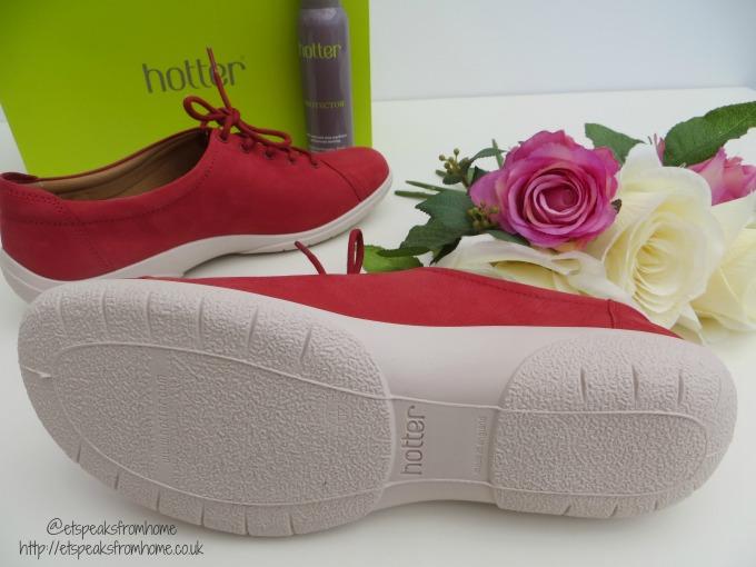 hotter shoes dew bottom