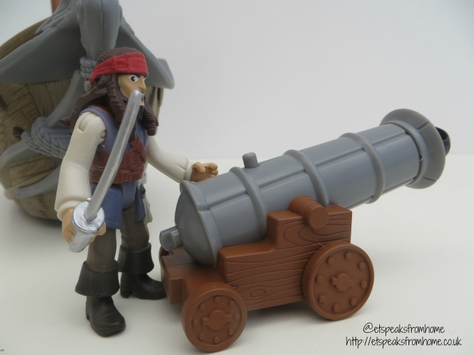 Spin Master Pirates of the Caribbean jack sparrow cannon