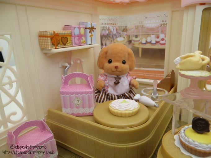 sylvanian families village cake shop dog