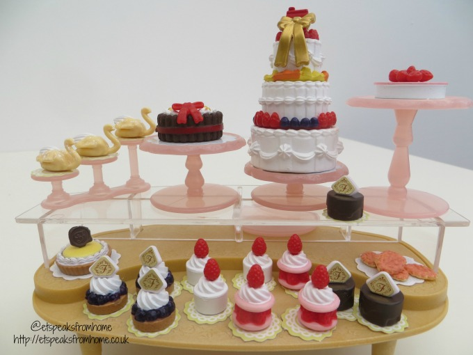 sylvanian families village cakes