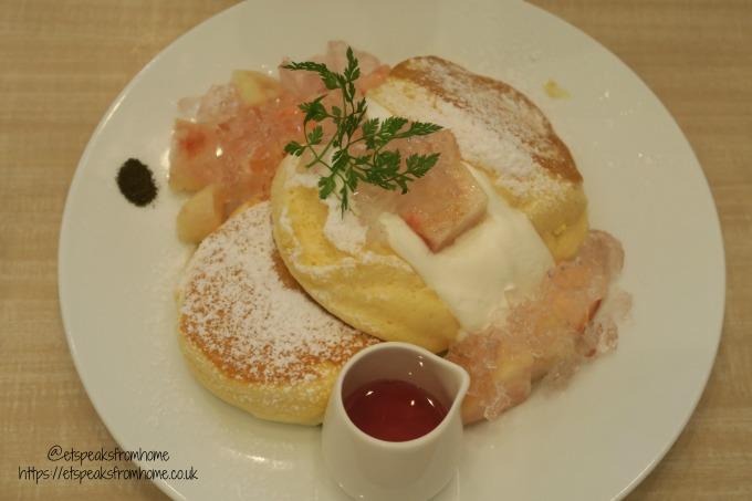 Foods to try in Osaka peach & rose rip Pancake – At Shiawase No Pancake