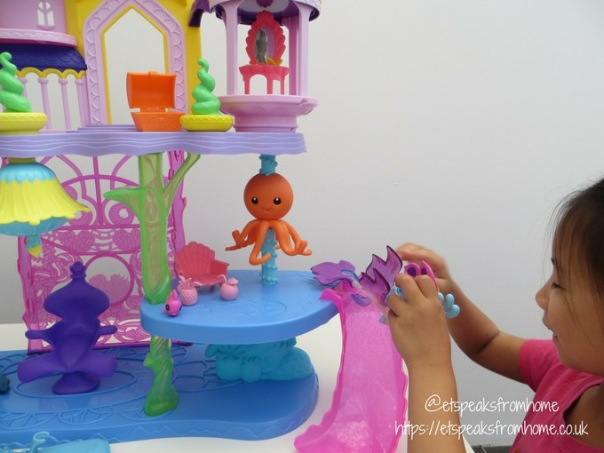 My Little Pony The Movie Canterlot and Seaquestria Playset playing