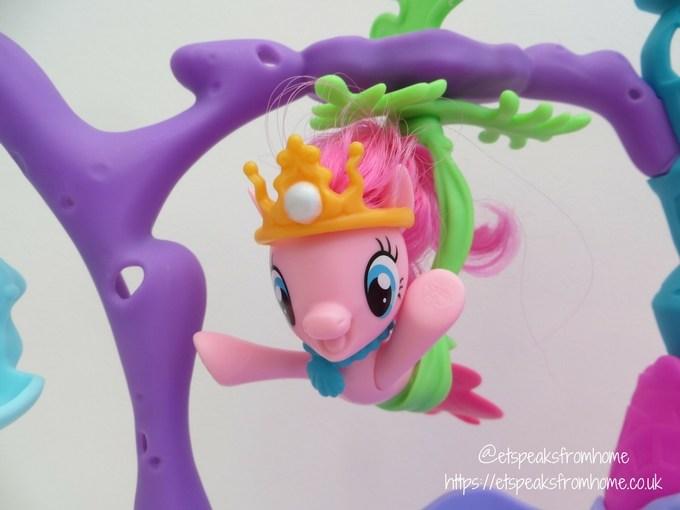 My Little Pony The Movie Seashell Lagoon Playset pony