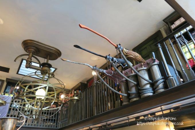 Universal Studios Osaka harry potter brooms`