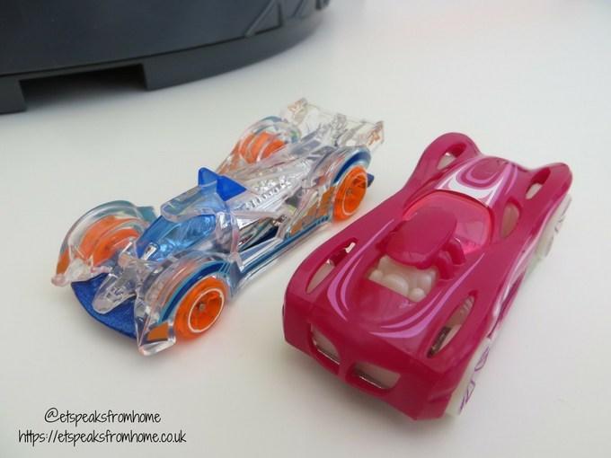 Hot Wheels Roto Revolution Track cars