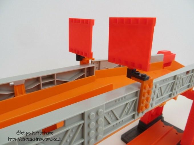 Hot Wheels Track Builder Stunt Bridge Kit third challenge bridge