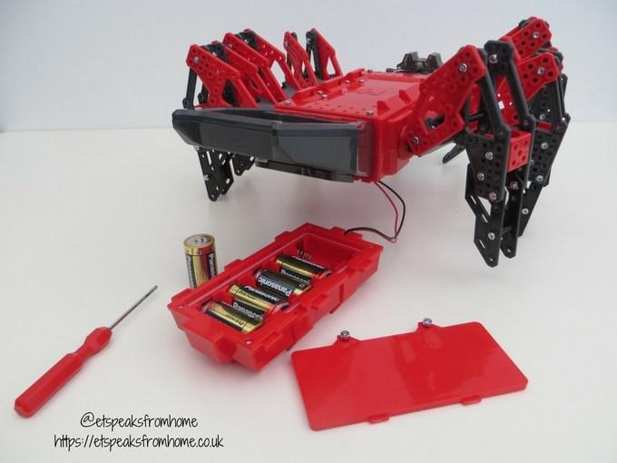 Meccano MeccaSpider batteries size c