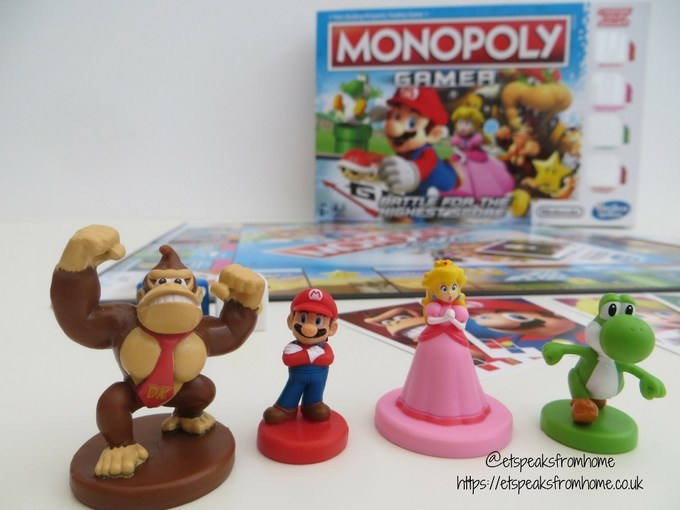 monopoly gamer review playing pieces