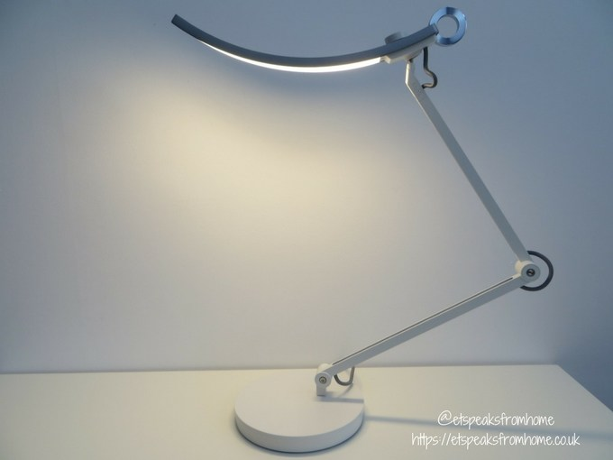 benq WiT e-reading lamp