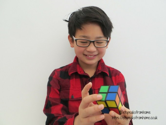 Rubik's 2x2 Cube playing