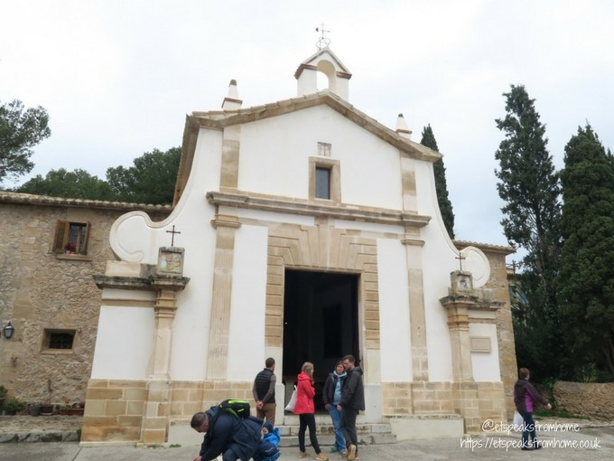 Fun Sightseeing in Palma with Oreo church