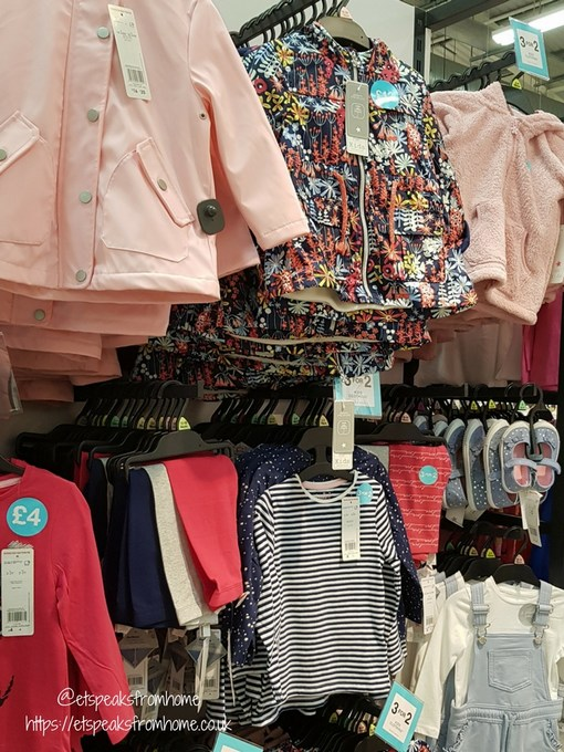 Supermarket Fashion Shop for Photoshoot clothing