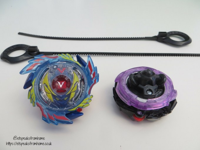 Beyblade Burst Evolution Star Storm Battle Set Review beys