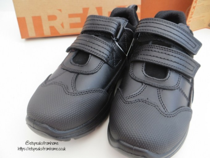 treads school shoe review front view