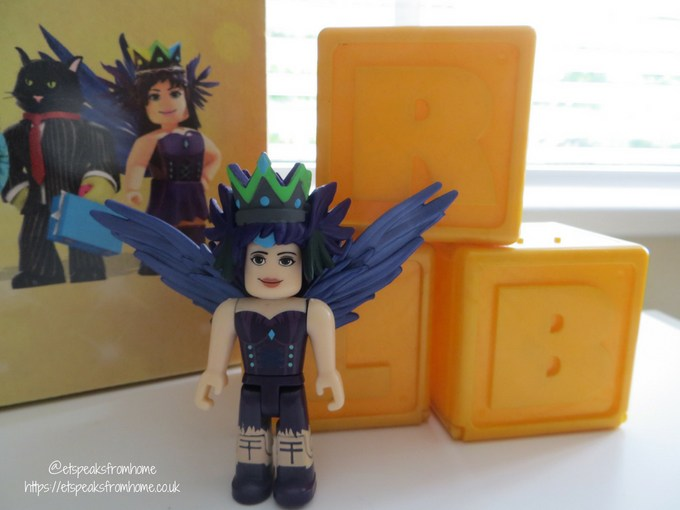 ROBLOX Celebrity Toy Review dream it