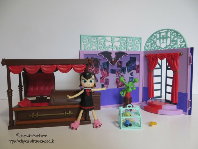 Hotel Transylvania 3 toy ghostly goodnight playset