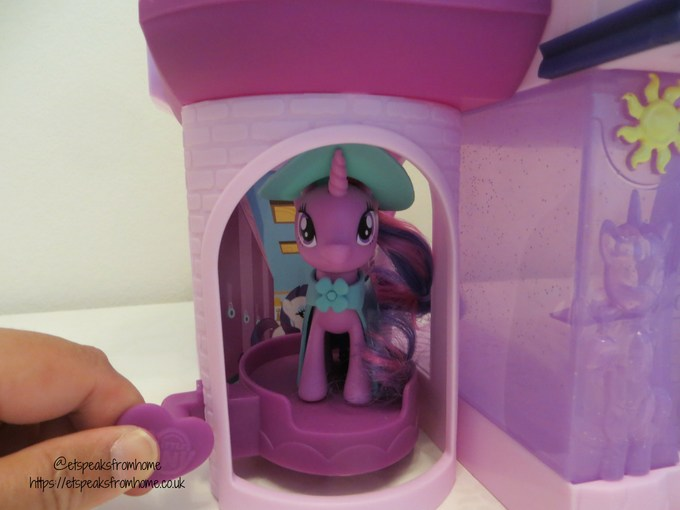 mlp Magical School of Friendship playset elevator