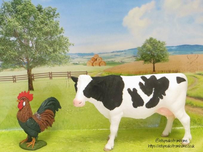 Schleich farm world cow rooster