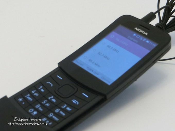 nokia 8110 4g fm radio