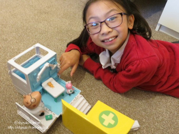 Peppa Pig Mobile Medical Centre playing