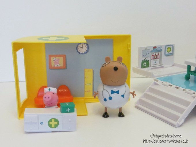 Peppa Pig Mobile Medical Centre reception