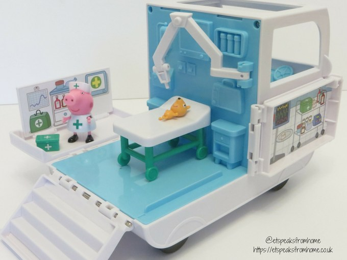 Peppa Pig Mobile Medical Centre theatre