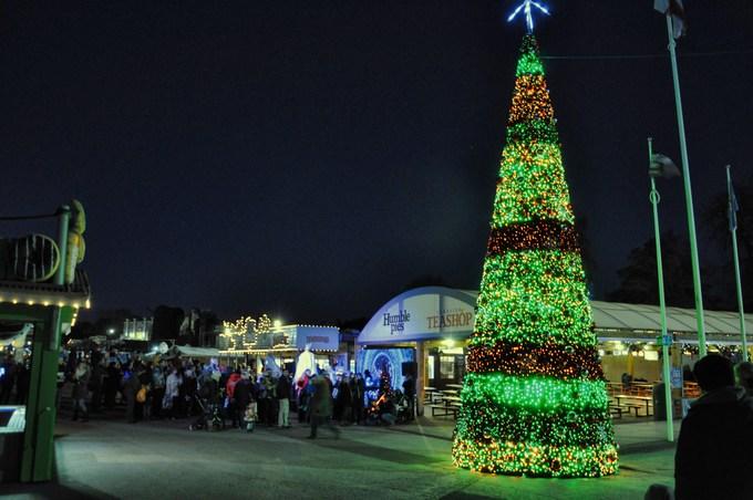 Magical Christmas at Drayton Manor 2018 christmas tree
