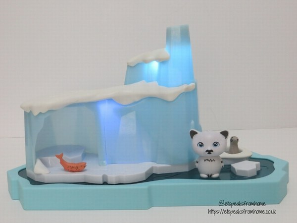Hexbug Lil' Nature Babies Icy Cavern with light