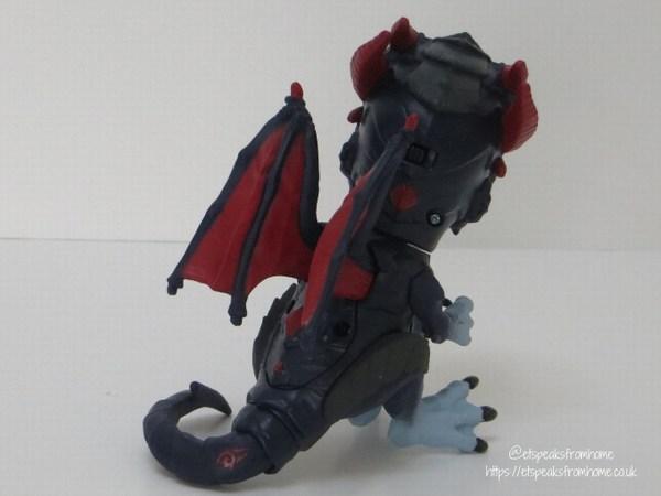 Untamed Dragons shockwave back