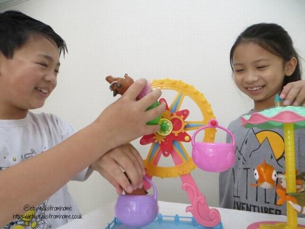 Wonder Park Ferris Wheel & Flying Fish Carousel playing with kids