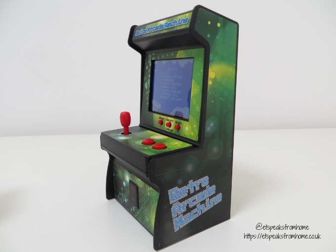 Interesting Children's Presents from Wicked Uncle retro arcade machine