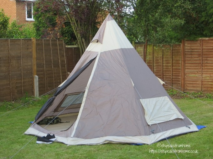 Garden Family Sleepover - Wild Night Out teepee tent 4 men