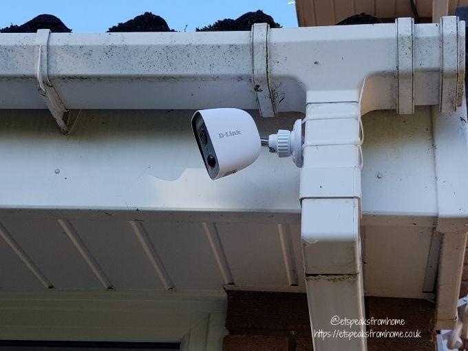 d-link HD Outdoor Wi-Fi spotlight camera install