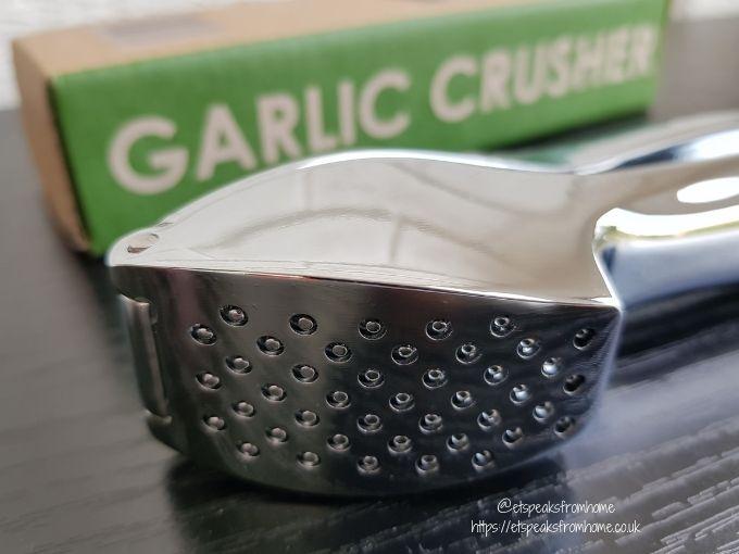 Oliver's Kitchen Garlic Press head