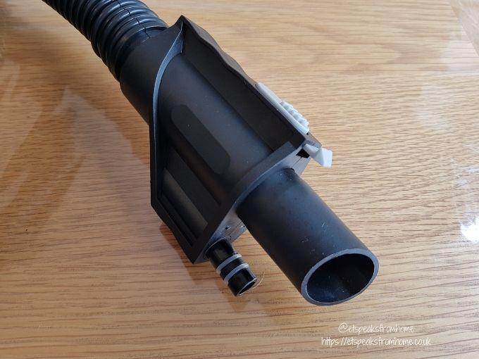 VAX Platinum SmartWash Carpet Washer hose water input