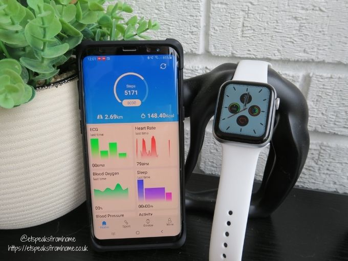 Watchd Smartwatch with app