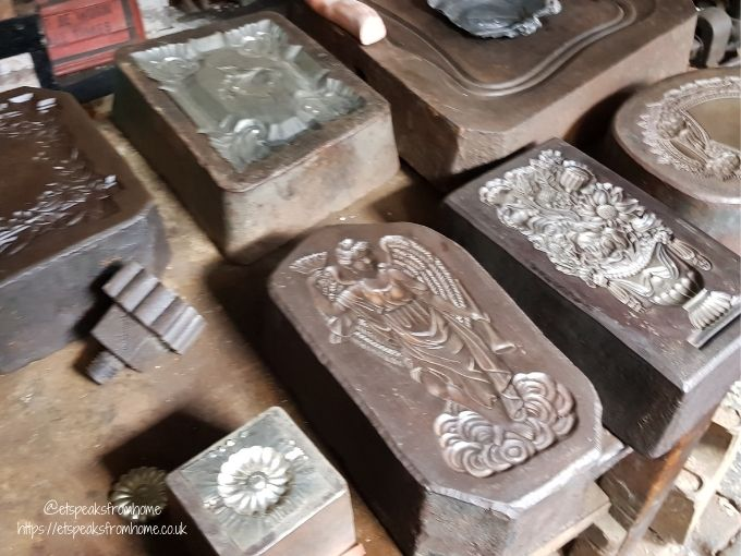 the coffin works mould