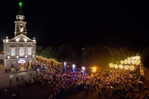 Festas Regionais e Romarias Noturnas