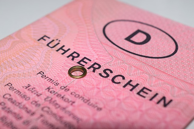 Bußgeld bei alten Führerscheinen im Ausland