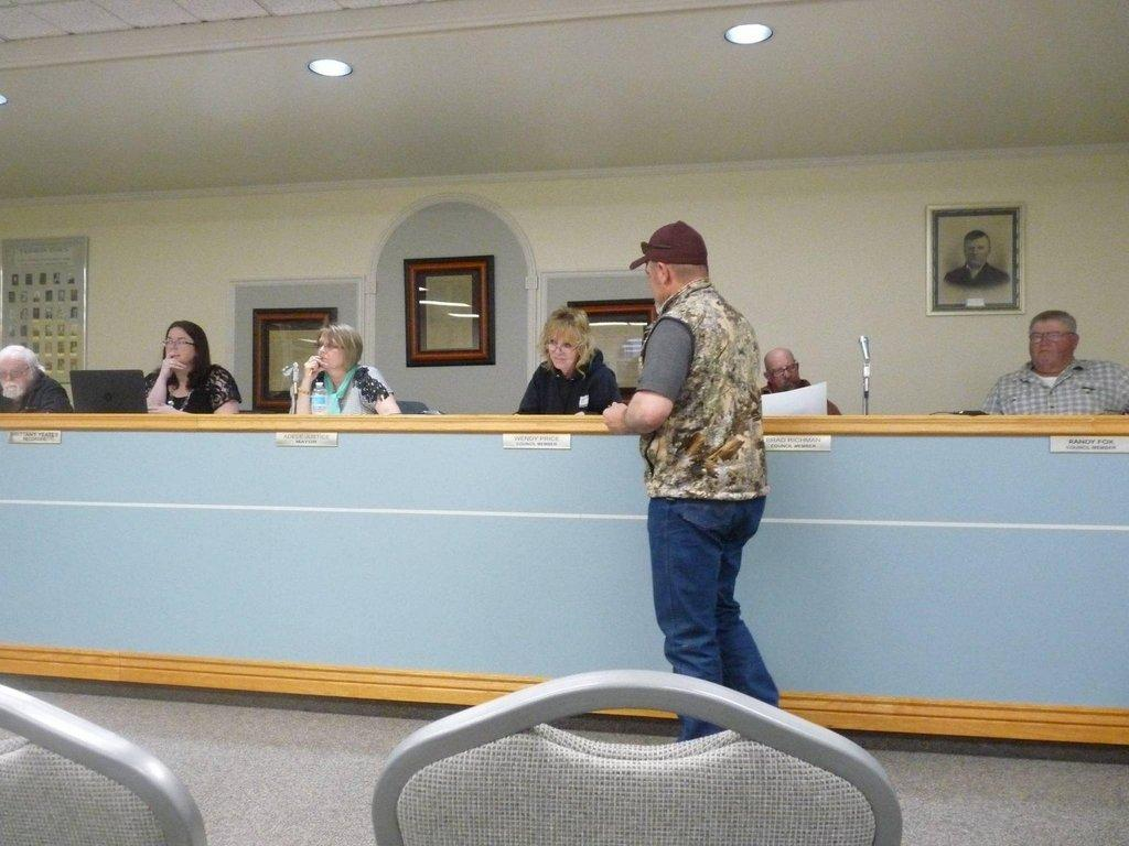 Ferron City Council Considers Challenges Of The City Etv