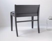 Fauteuil bas vintage repeint en gris anthracite - meubles design décoration accessoires Montréal Québec Canada - back