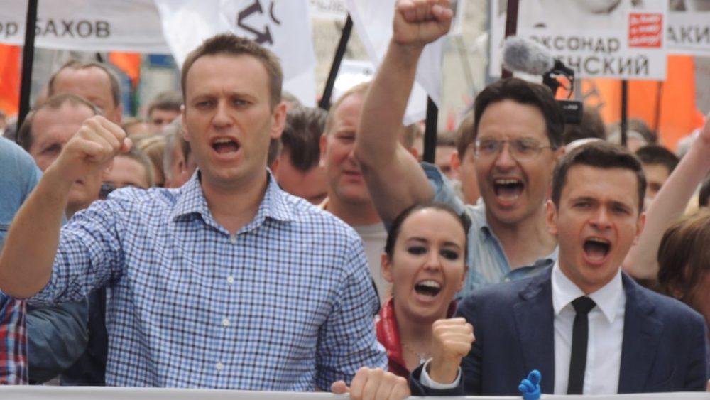 YouTube blocks Navalny video